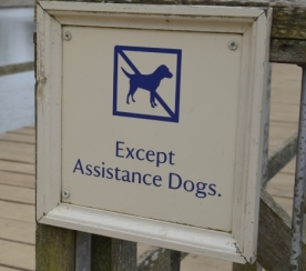 assistance-animals-sign