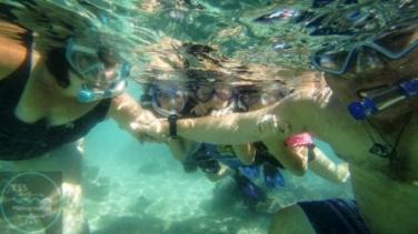 Family Snorkel selfie!