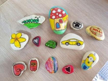 some WA Rocks the kids were given